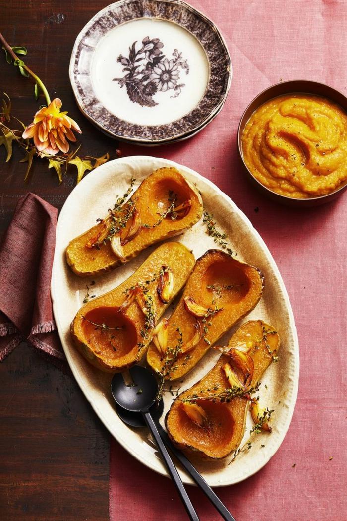 barcos de mini calabazas con ajo y romero, ideas de entrantes saludables y ricos para hacer en otoño