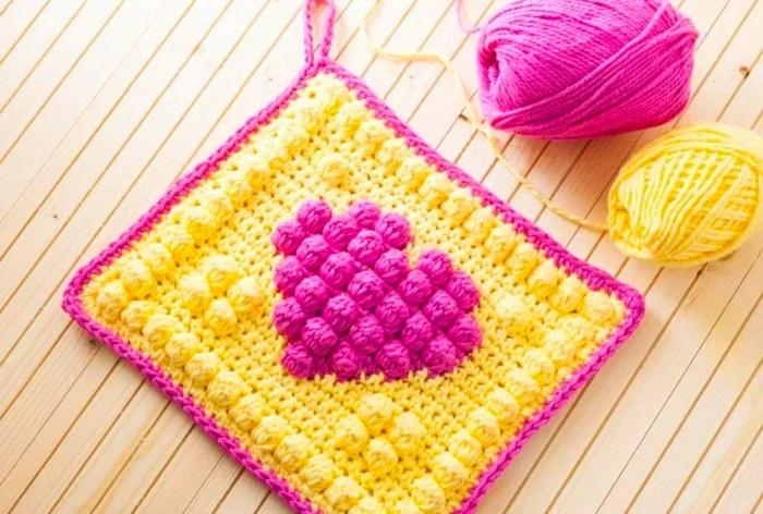 cómo hacer regalos personalizados, regalos a crochet DIY, ideas de regalos para los miembros de la familia, regalos manuales abuela