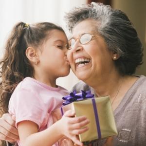 Regalos para abuelas super especiales y personalizados