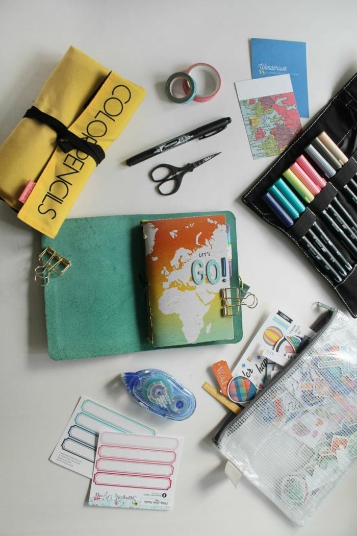 regalos DIY paso a paso, fotos con ideas de manualidades para regalar, como hacer un cuaderno de viajes personalizado