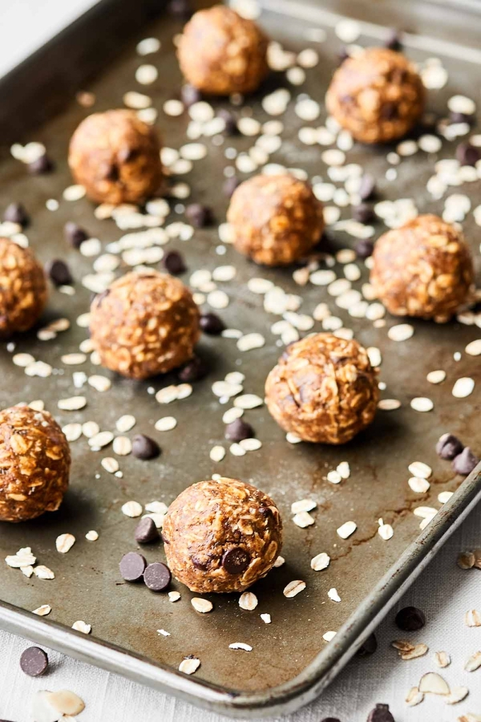 bolas energéticas con manteca de maní, ideas sobre postres caseros fáciles de hacer, dulces energéticos saludables