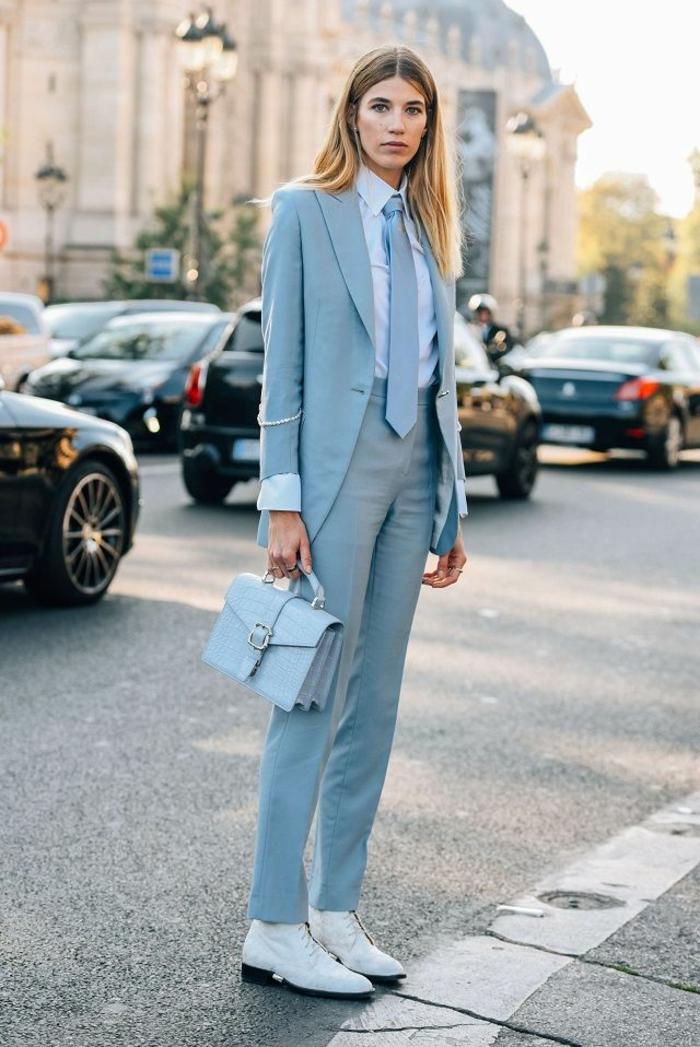 blanco y azul una combinación clásica, colores que combinan con azul, como combinar los colores pastel, ideas de moda mujer en fotos