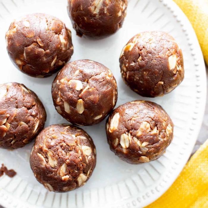 apetitosas bolas de chocolate con maní, trufas receta, las mejores ideas de recetas fáciles y saludables de trufas caseras