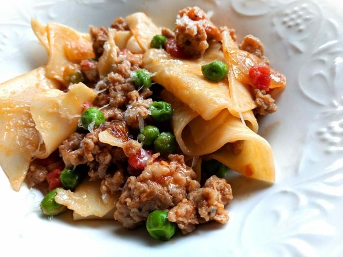 recetas de lasaña, comida italiana ligera y fácil de preparar, platos para preparar para cenas con amigos