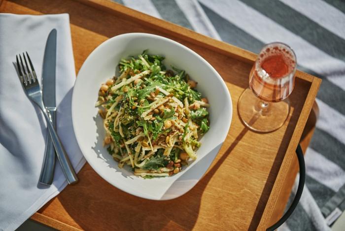 ensaladas ricas y nutritivas para cenar, las mejores propuestas de entrantes y endsaladas fáciles de hacer y saludables