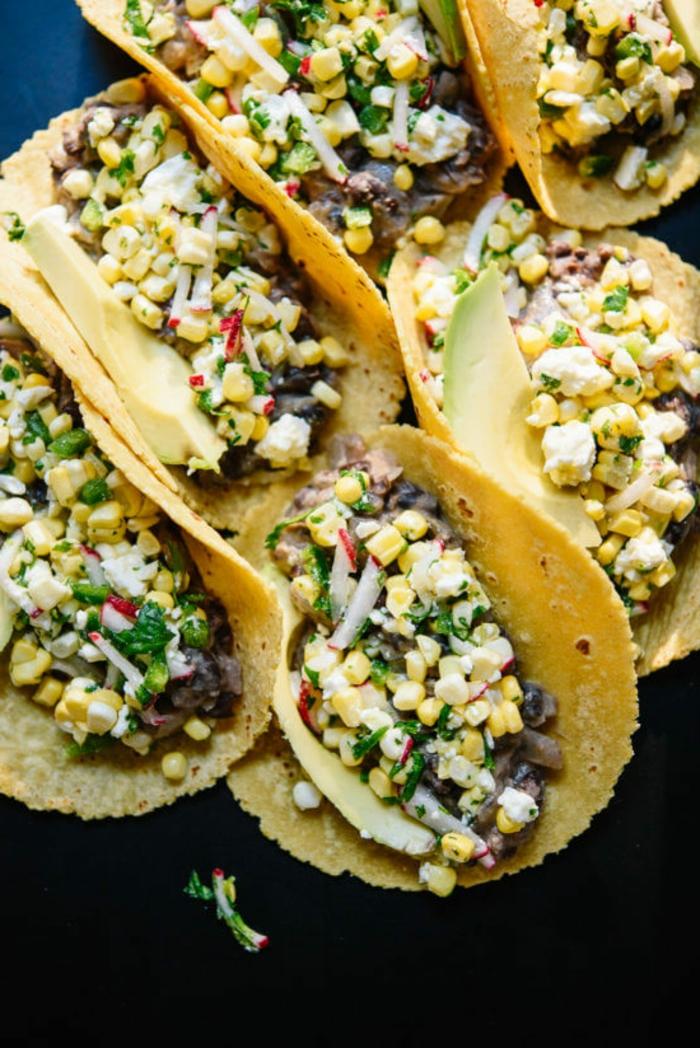 iedas de cenas que no engordan, tortilals con vegetales, tortillas con maiz, champiñones, rabanos y verduras