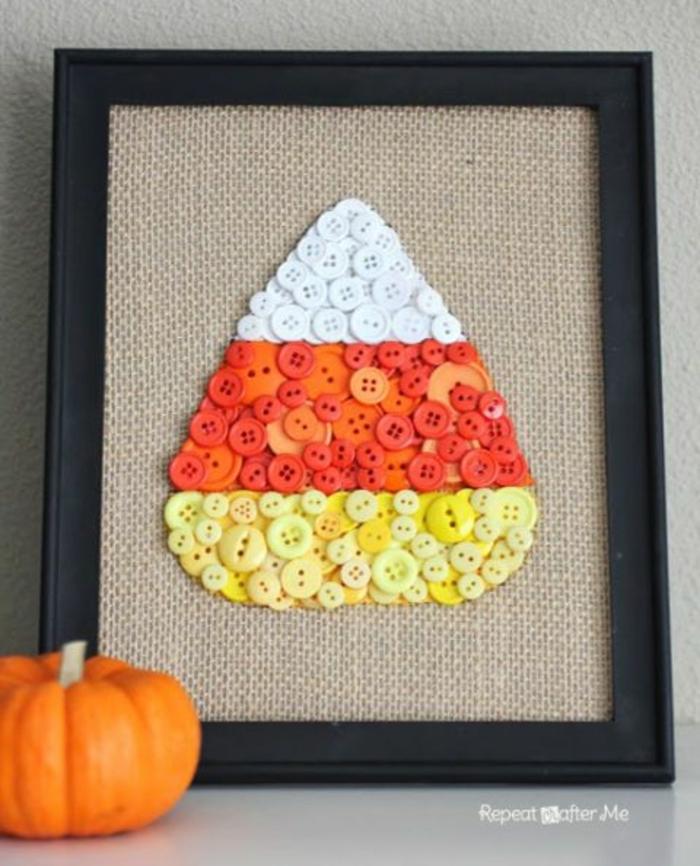cuadro decorativo DIY para el otoño, ideas de manualidades con reciclaje, lamina original con botones reciclados coloridos