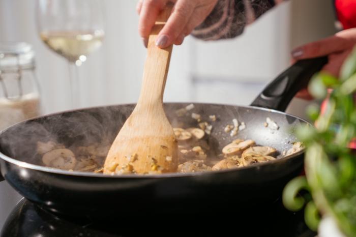 como preparar un risotto con setas, ideas de recetas fáciles y saludables para cenas ligeras, ideas de recetas para principiantes