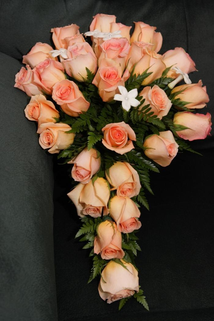 ramo de rosas rosas en bonita forma, regalos dia de la madre, ideas de regalos y sopresas originales en fotos
