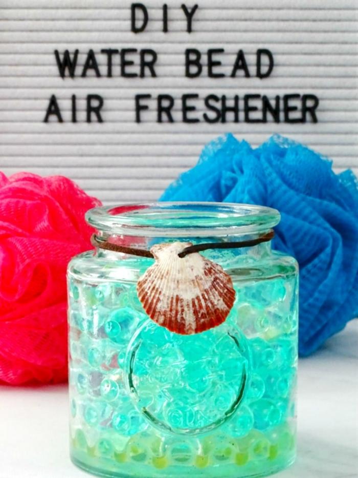 aromatizante casero en bolas, ideas sobre cómo hacer manualidades para el hogar, air freshener DIY en fotos