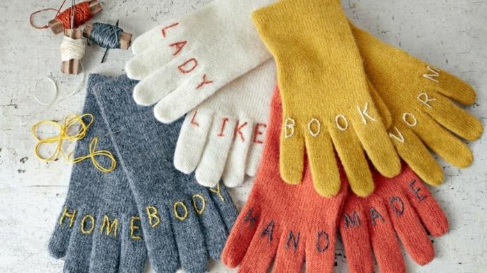 guantes decoradas par el otoño, ideas de manualidades para regalar, fotos con ideas de actividades para el otoño