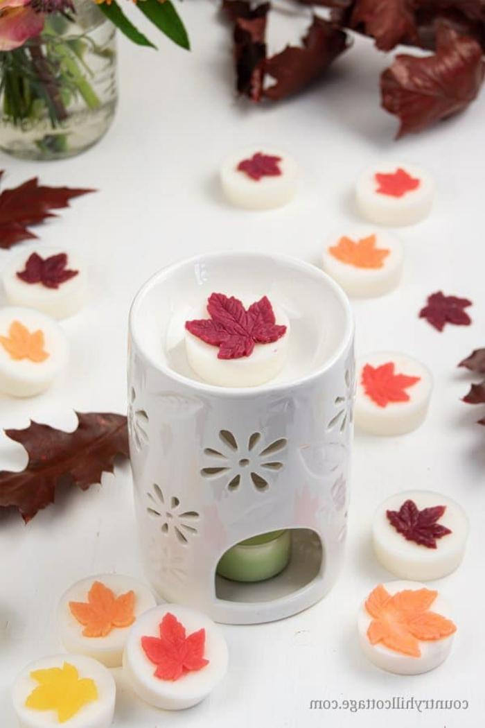 velas y jabones caseros DIY, originales ideas de regalos temáticos, mini adornos hechos a mano para el otoño