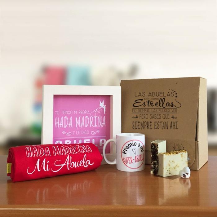 diferentes ideas de objetos decorativos para regalar a tu abuela, taza personalizada, jabones aromáticos, cuadros DIY