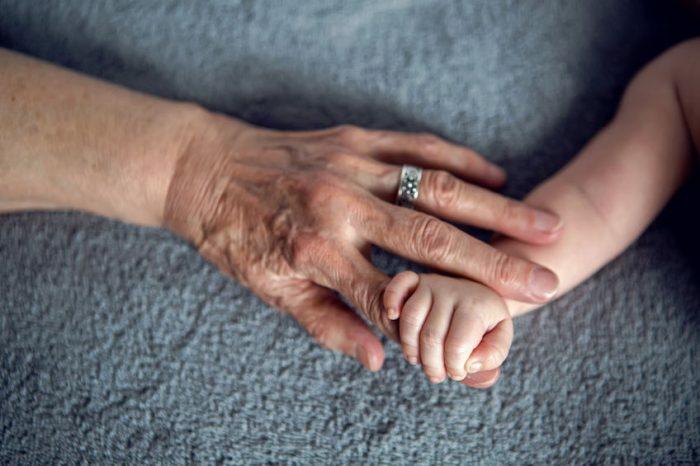 propuestas de regalos especiales para abuelas, regalos originales para abuelas, fotos de regalos DIY y detalles personalizados