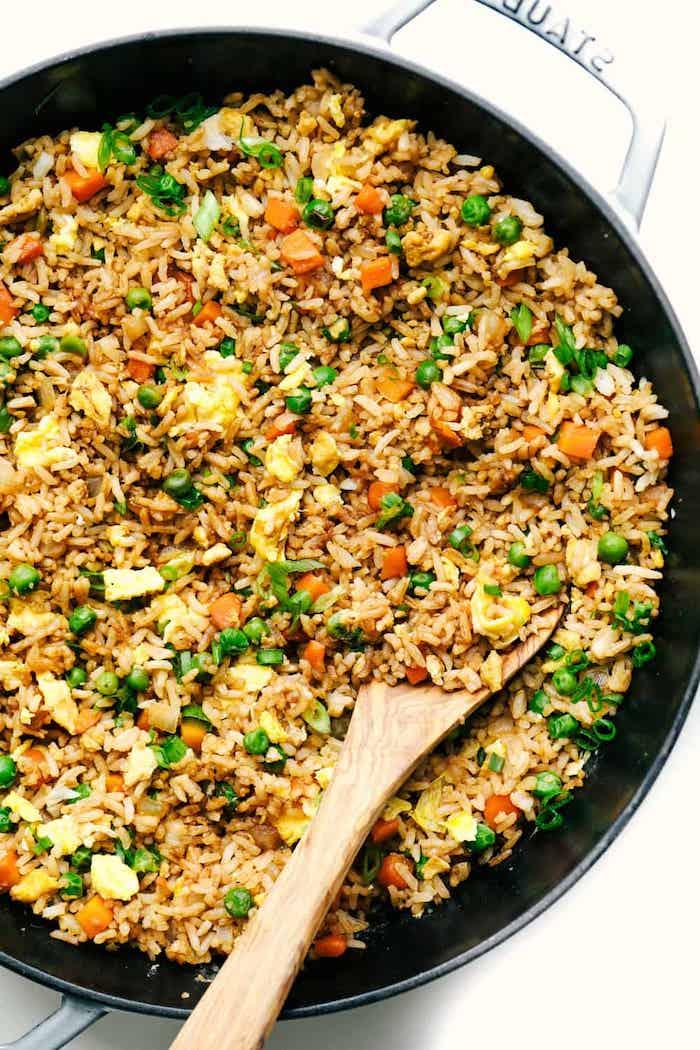arroz con pollo y verduras, ideas de recetas clásicas para preparar en casa en 30 minutos, como coinar arroz con pollo