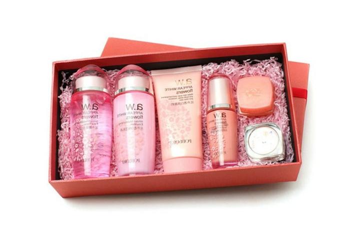hidrantantes y cremas faciles, regalos de cosmética bonitos y originales, regalos suegra ideas en imágenes