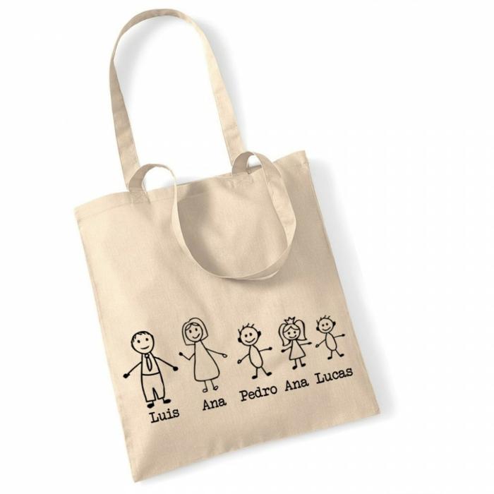 geniales ideas de regalos para madres, bolso personalizado con los miembros de la familia, regalos DIY originales