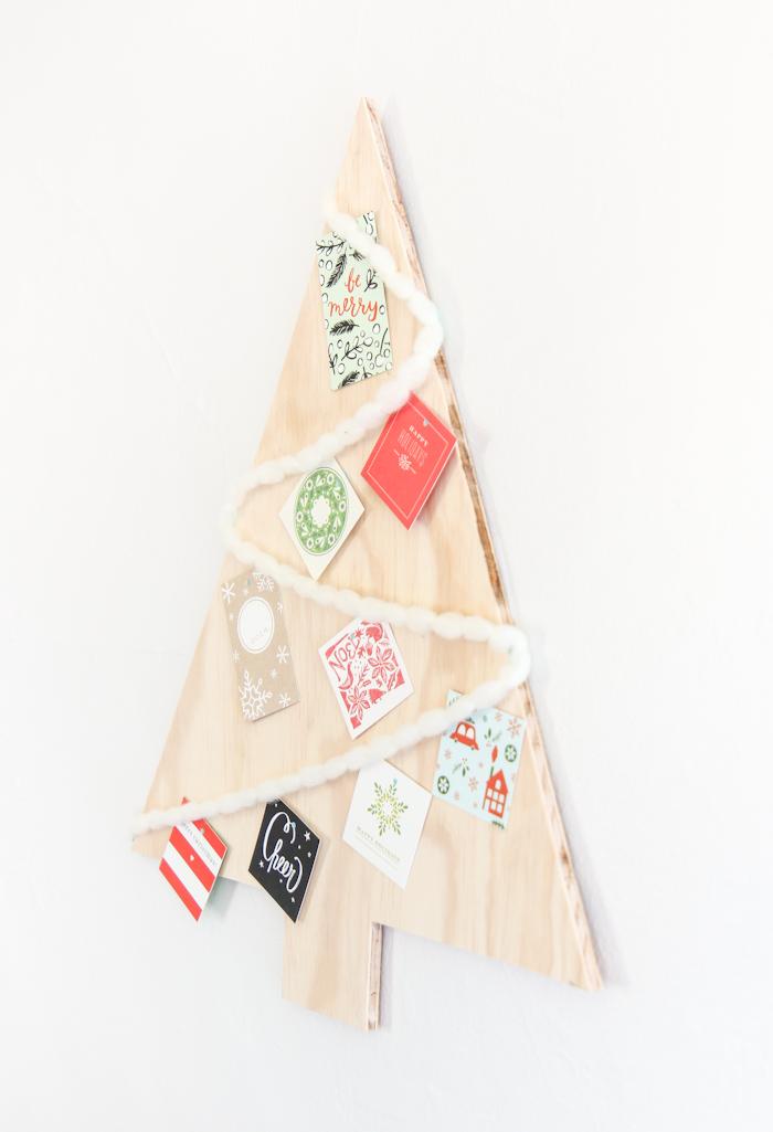 preciosa decoración para navidad, como hacer un árbol de navidad de madera, fotos de decoración casera DIY paso a paso