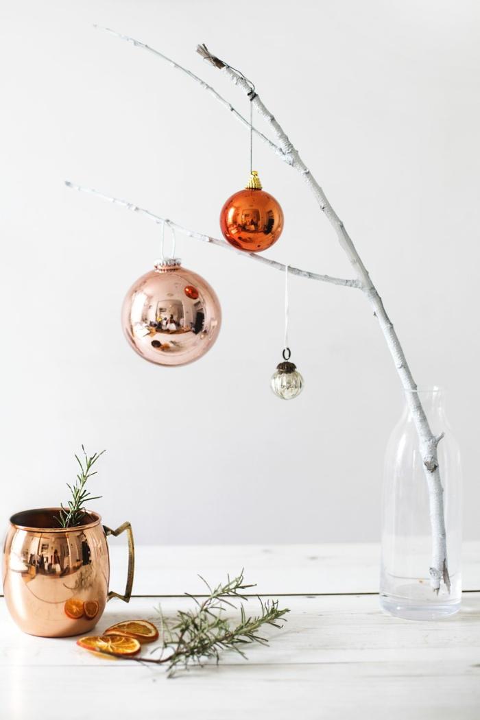 las mejores ideas de decoración navideña en estilo minimalista, como hacer un arbol de navidad sin comprar un arbol natural o artificial