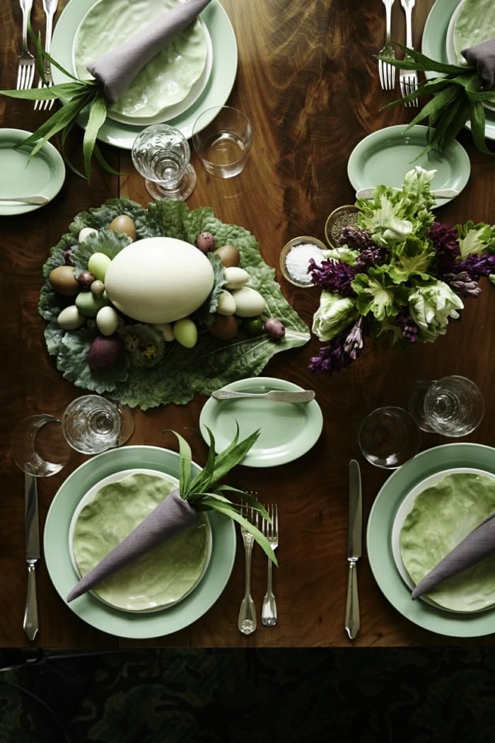 ideas para decorar la mesa en Pascua, servilletas dobladas en forma de zanahorias, ideas de manualidades Pascua originales