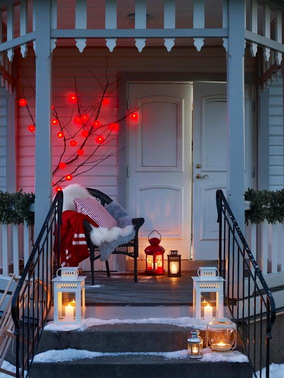las propuestas más acogedoras de decoración navideña 2019, adornos navideños manualidades, árbol con bolas rojas relucientes