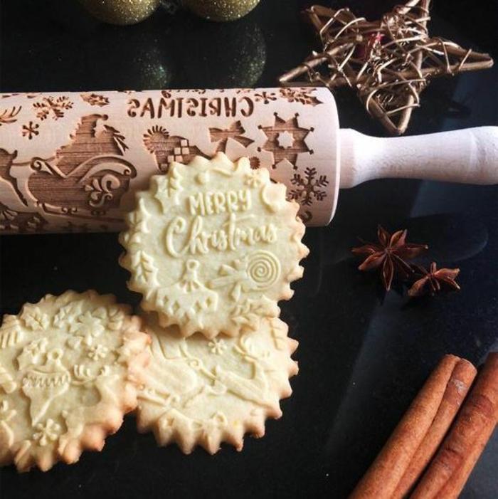 rodillo personalizado original con motivos navideños, regalos de navidad originales, rodillo de masa navideño super creativo