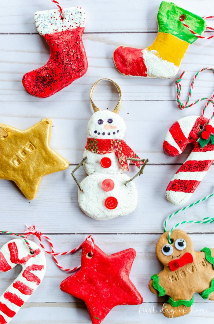 adornos navideños DIY hechos de masa de agua, harina y sal, ideas regalos navidad unicas, detalles para regalar esta navidad