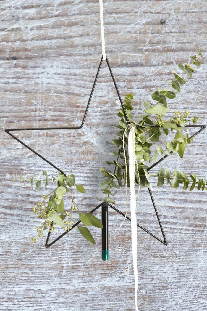 decoración casera moderna en estilo minimalista, puertas decoradas navideñas originales y bonitas, ideas de decoración DIY