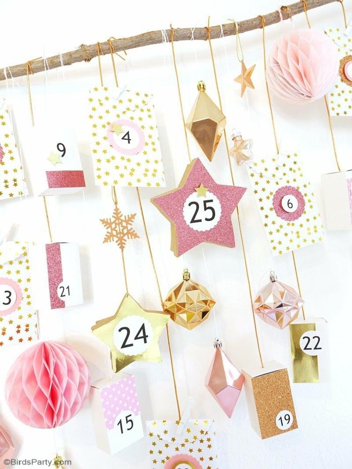 adornos navideños originales para hacer un calendario navideño DIY, ideas creativas sobre como hacer un árbol navideño