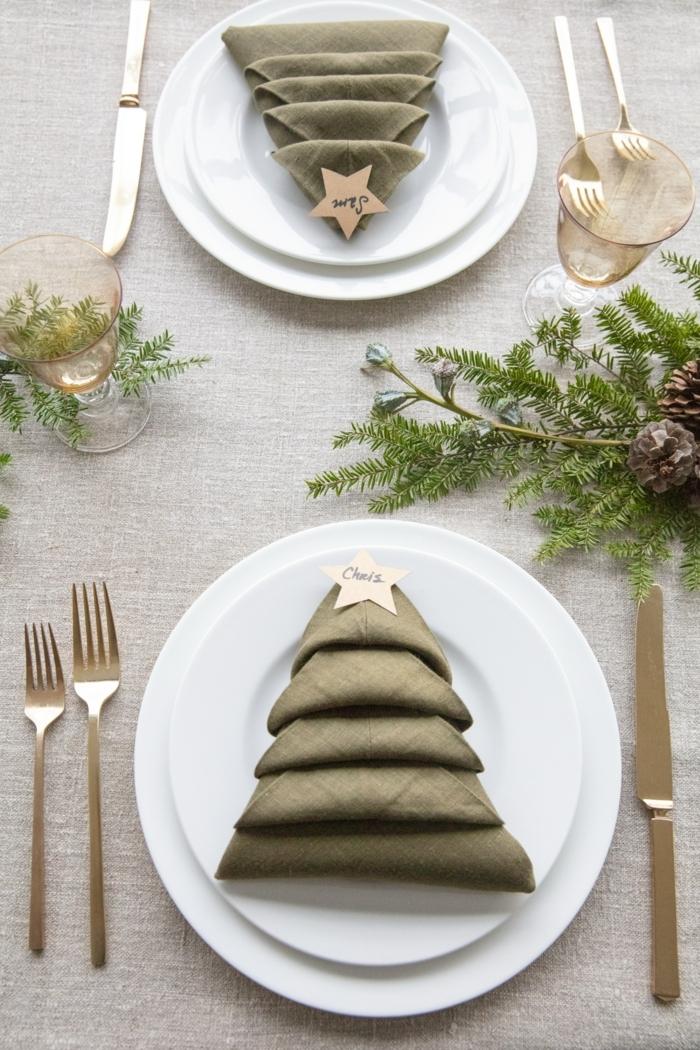 ejemplos sobre cómo decorar la mesa en Navidad, como doblar servilletas de tela paso a paso, más de 90 ideas bonitas