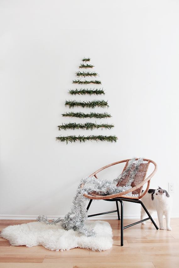 ideas para decorar la casa en Navidad, alternativa ecológica DIY, árboles navideños en estilo minimalista, decoracion escandinava