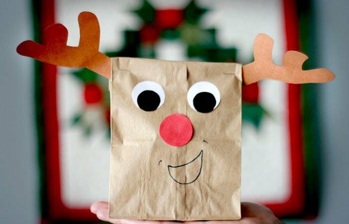 regalos DIY originales y fáciles de hacer en navidad, bolsa de papel craft decorada, fotos de regalos DIY para sorprender a tus amigos