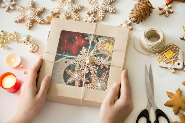 regalos navidad mujer hechos a mano, manualidades para regalar en navidad, galletas personalizadas temáticas y originales