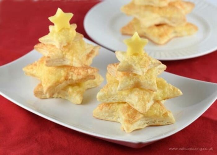 árbol de navidad de mini empanadas con trozos de queso amarillo, arbol de navidad buitoni paso a paso, fotos de aperitivos navideños