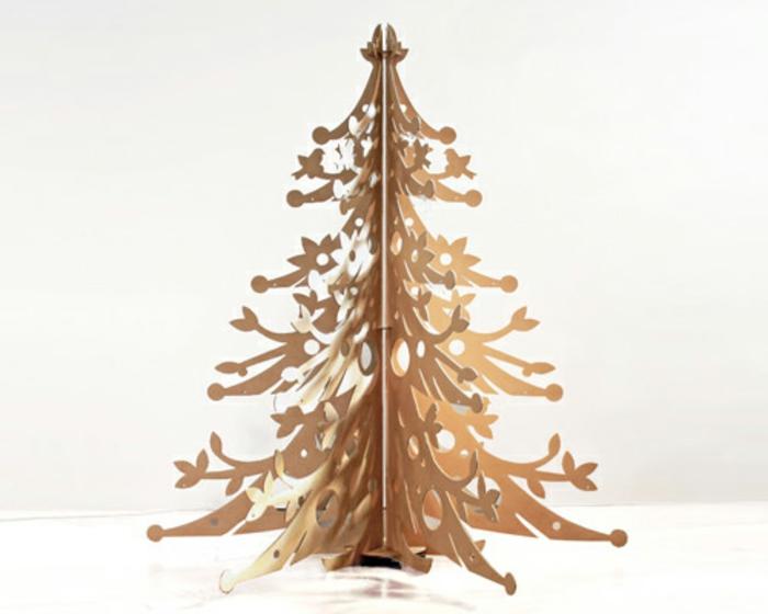 arbol de navidad de madera como una alternatiava al árbol natural y artificial, ideas únicas para decorar la casa en Navidad
