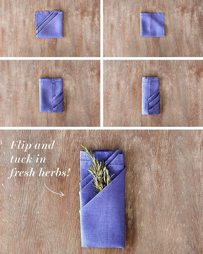 preciosa servilleta en color lavanda para poner los cubiertos, doblar servilletas de papel para cubiertos paso a paso