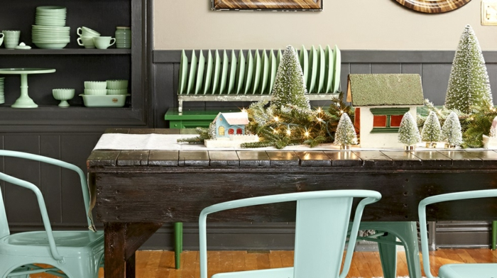 como hacer guirnaldas de navidad bonitas, ideas decorativas con guirnaldas para decorar la casa, centro de mesa navideño bonito