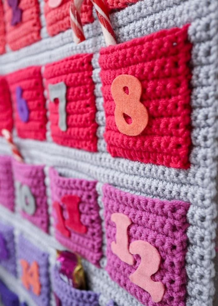 calendario hecho a crochet original, como hacer manualidades a crochet originales, fotos de calendarios navideños
