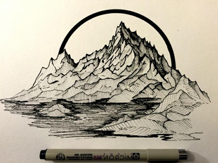 precioso paisaje de naturaleza con rocas mar hecho solo con marcador negro, dibujos geométricos, diseños de tatuajes