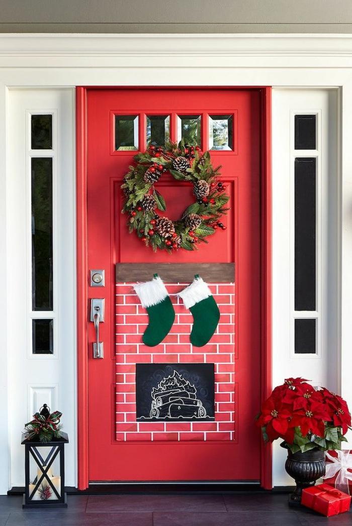 las mejores ideas de puertas navideñas para inspirarte, motivos navideños tradicionales, casas decoradas con mucho estilo