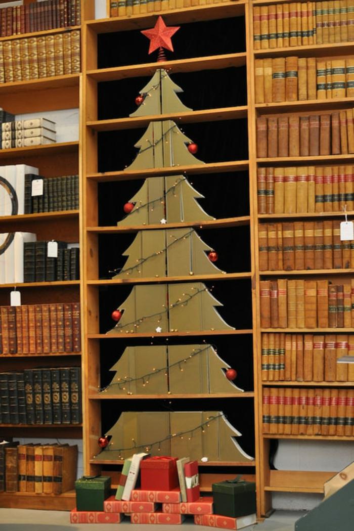 fantásticas ideas de arbol de navidad de carton, librería con libros y precioso adorno navideño en forma de árbol
