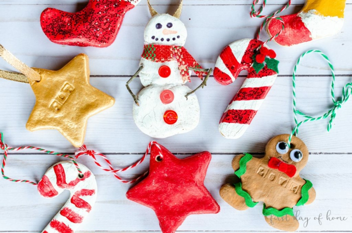 adornos navideños coloridos y divertidos hechos con masa del agua, sal y harina, manualidades navideñas super faciles