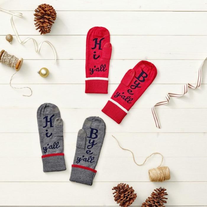fantasticas ideas sobre manualidades para navidad, guantes decoradas a mano, regalos Diy originales en fotos, guantes bonitos