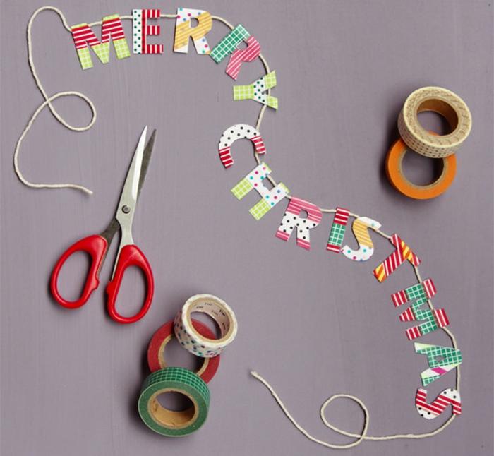 ideas de manualidades de navidad para hacer en casa, manualidades de papel para navidad, guirnalda de letras de papel