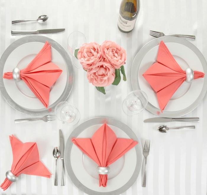 las mejores ideas de presentar una cena con servilletas dobladas, sofisticadas ideas para decorar la mesa con servilletas de tela