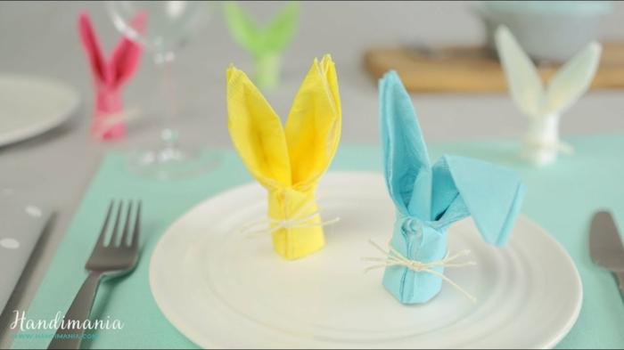 mini conejos hechos de servilletas de papel en colores pastel, manualidades de papel originales para decorar la casa