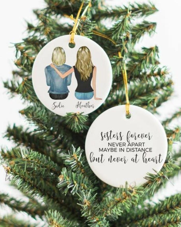 adornos navideños personalizados para regalar a tu hermana o mejor amiga, fotos de regalos hechos a mano para navidad