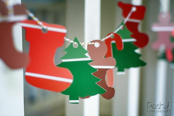 como hacer una corona de navidad colgante de motivos de papel, manualidades de navidad para hacer en casa