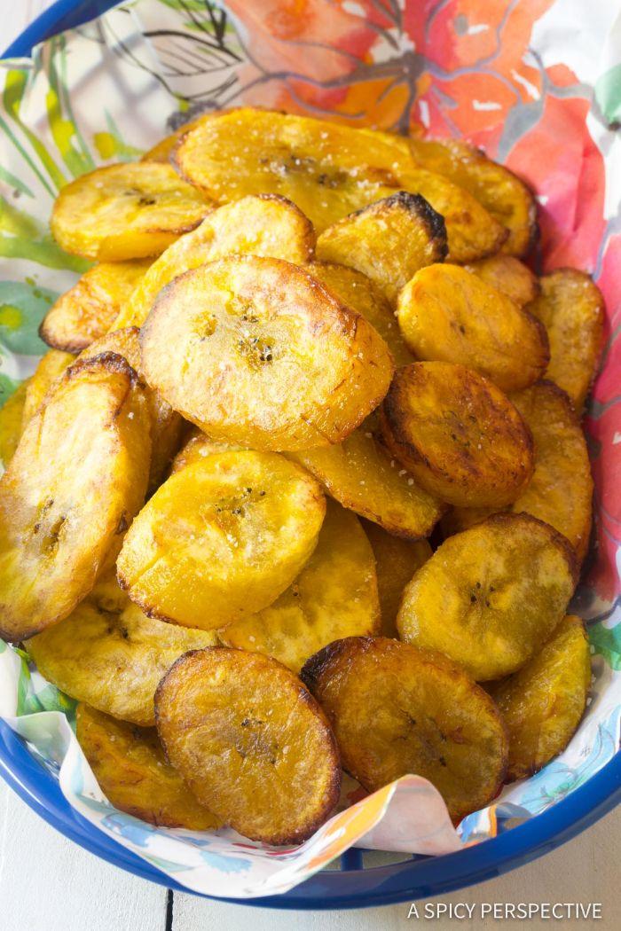 trozos de plátano frito, alucinantes ideas de aperitivos para cumpleaños y platos para una fiesta en casa, fotos de aperitivos
