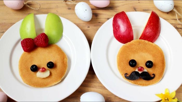 crepes decorados para un desayuno rico y saludable, panqueques decorados con frambuesas y manzanas, ideas de comidas ricas y faciles de hacer